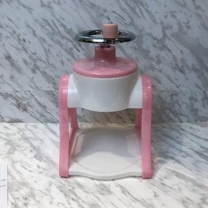 Manual ice shaver Pink White